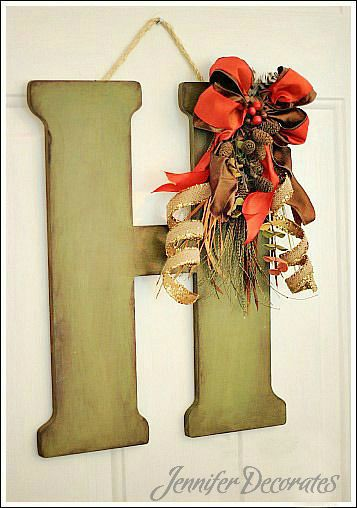 Make a gorgeous monogrammed fall door decoration.  http://www.jenniferdecorates.com