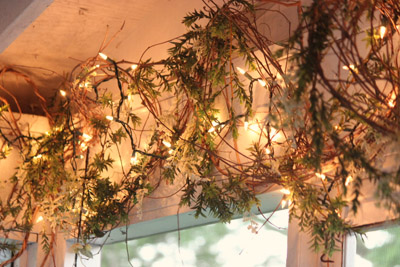 Porch decorating ideas on a budget for Vine craft ideas