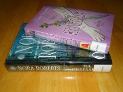 Library Haul & Reading List 04/22/16