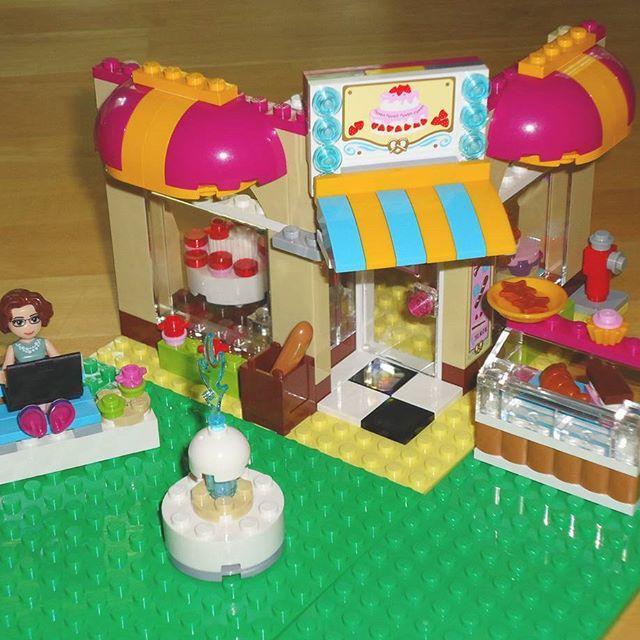 Friends Bakery