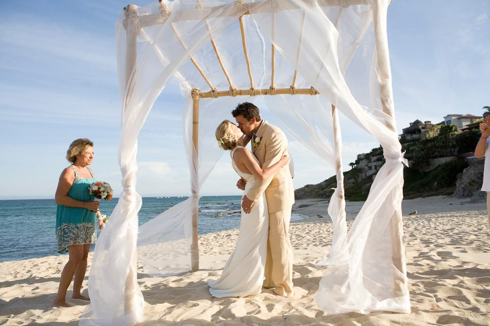 destination wedding planning tips photos