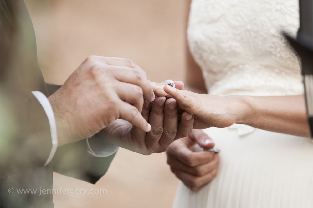 5 tips for writing wedding vows