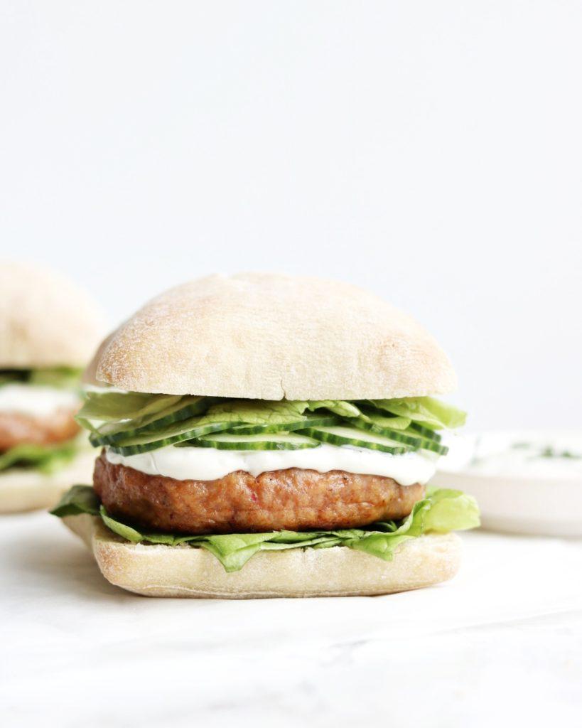 Frisse Kipburgers met Tzatziki - Jennifer Krijnen