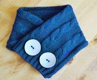 DIY Sweater Hat, Gloves, & Scarf Upcycle - Jennifer Maker