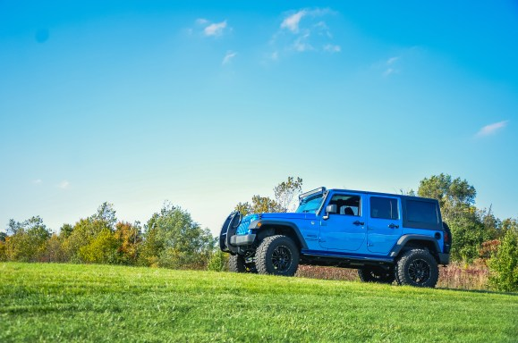 jeep-in-landscape-02