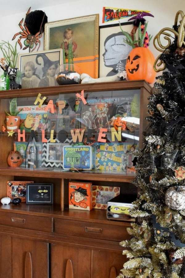 Easy Diy Thrift Store Art Halloween Makeover In Under 1 Hour