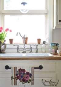 Kitchen windowsill decorating ideas - Jennifer Rizzo