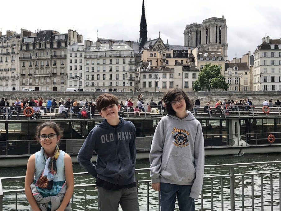 kids in the latin quarter