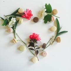 pure love macaron flower heart