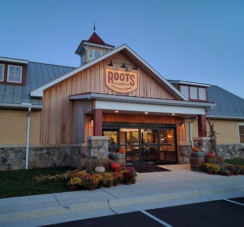 roots657 - building exterior