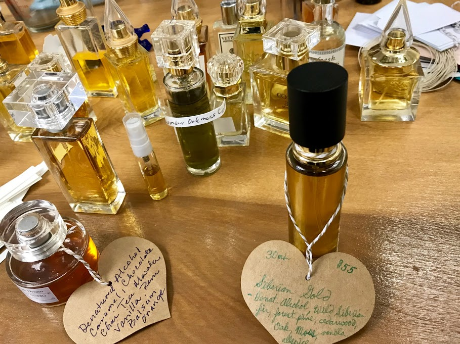 DIY Scent Studio - perfume counter