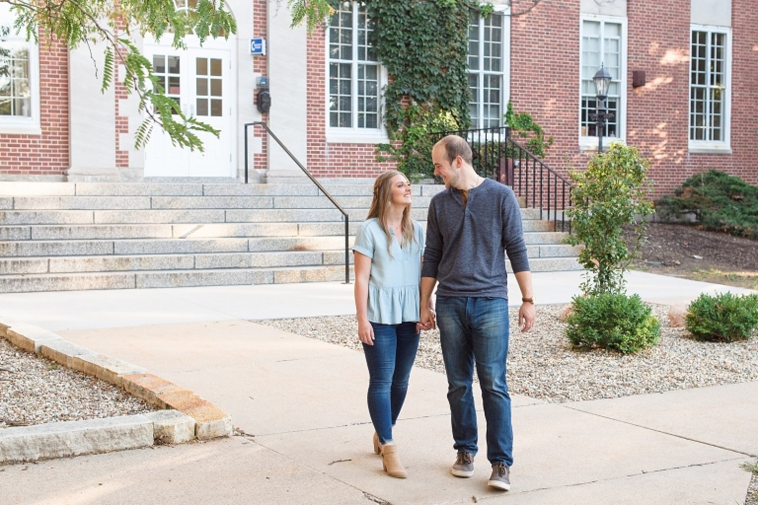 Coe College engagement pictures