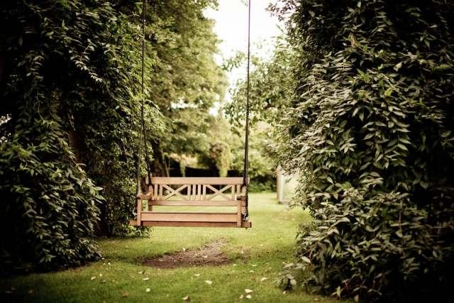 gardening swing