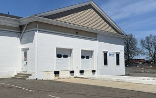 FOR LEASE: W. Springfield 3,000 SF Warehouse