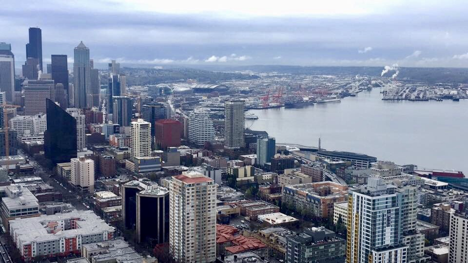 9 Touristy Things To Do While Visiting Seattle
