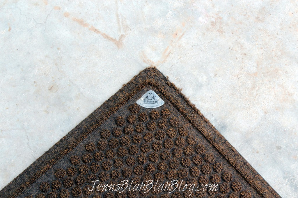 Choosing The Right Outdoor Door Mats For Your Home