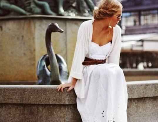 Αποτέλεσμα εικόνας για λευκο καλοκαιρινο φορεμα