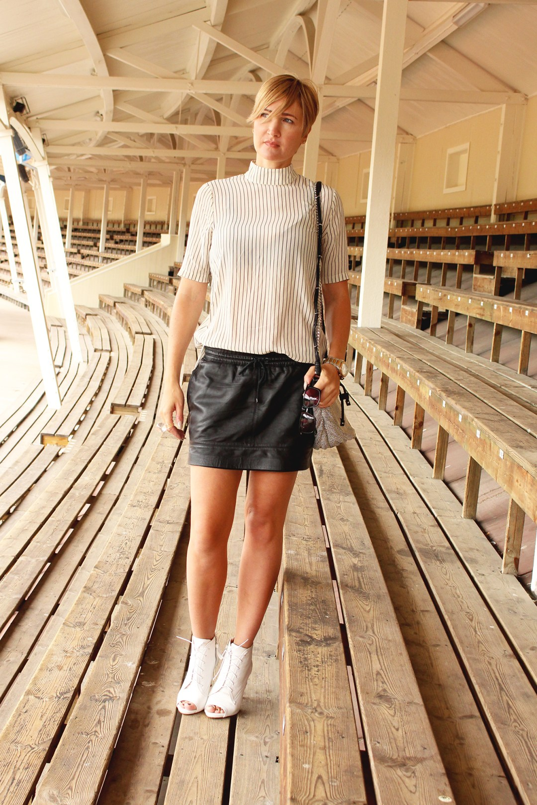 summer-striped-blouse