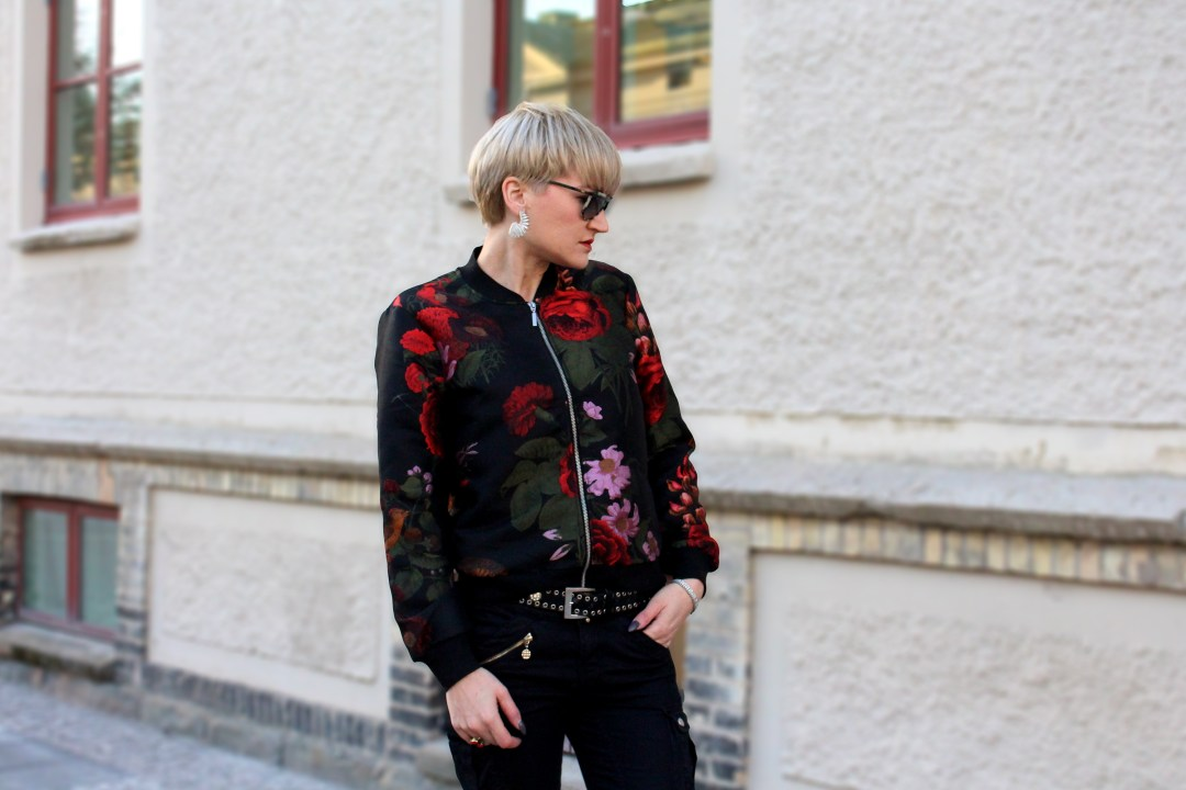 flower bomber outfit
