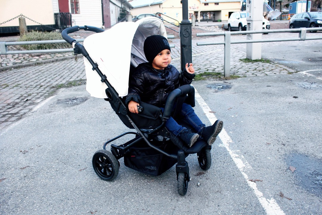 stroller stylish