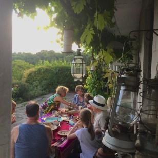 Supper outside - Jenny Chandler Blog