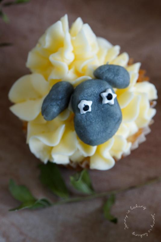 Die allersüßesten Schafs-Cupcakes zu Ostern
