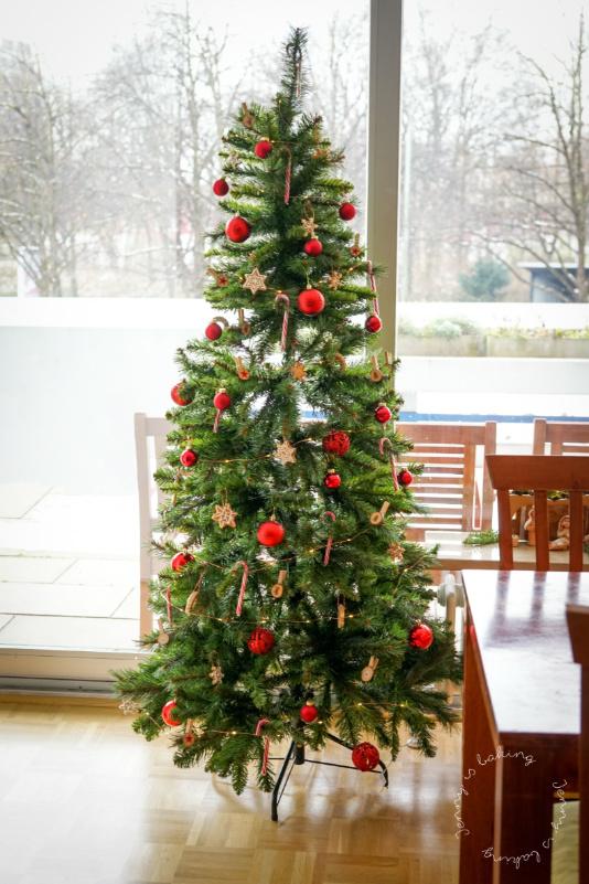 Baum geschmückt mit Lebkuchen