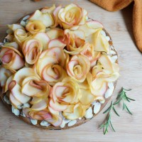 Easter Special: Apple Roses Cake