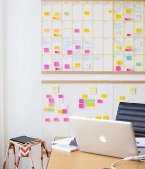 the-design-files-desk-post-it-wall-calendar