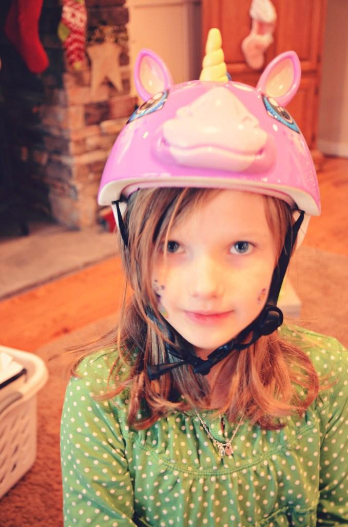unicorn helmet via @jennyonthespot