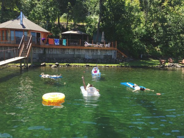 vacation rental on Lake Coeur d'Alene