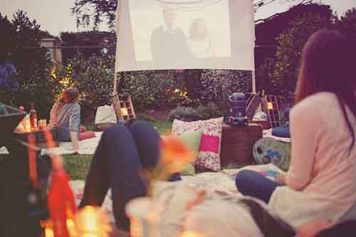 10 Beautiful Backyard Escape Ideas - backyard movie