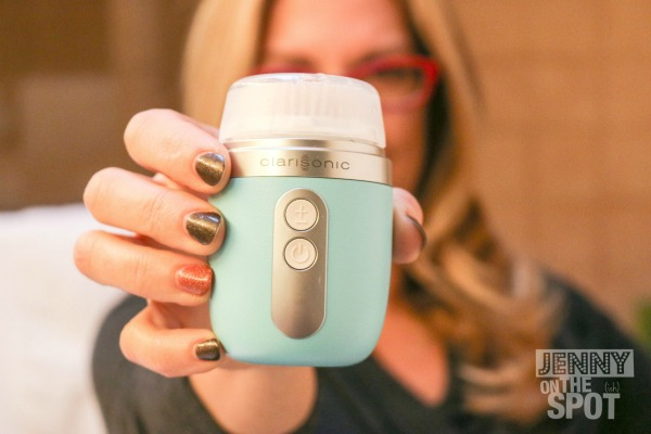 The Clarisonic Mia Fit and My Cleansing Routine via @jennyonthespot