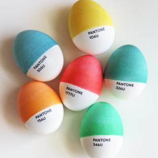 Pantone Easter eggs - Easter Egg Decorating Inspiration