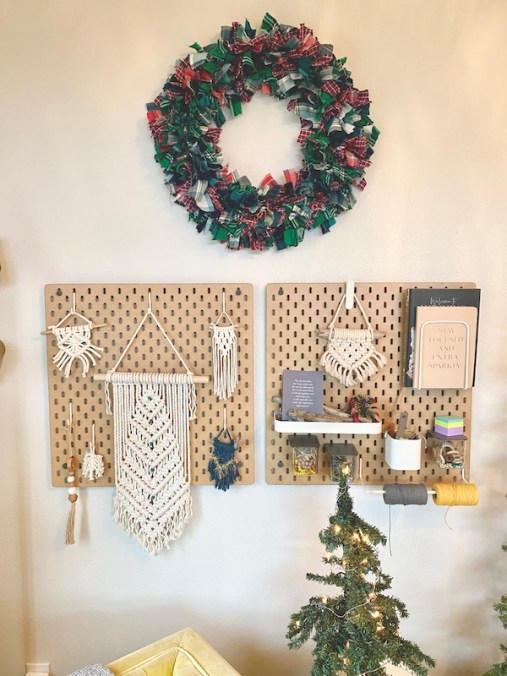My plaid rag Christmas wreath corner