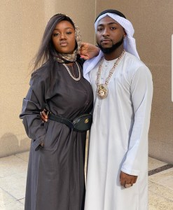 """Davido's caption """"Desert Day with the wife"""" causes a stir on Social Media"""