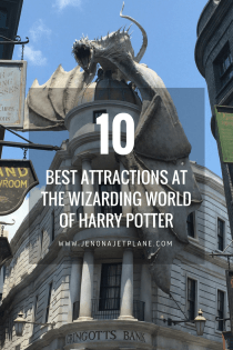 Are you planning a visit to Harry Potter World in Universal Studios, Orlando? Here are 10 experiences you can't miss, from riding the Hogwarts Express to touring Gringotts Bank. Save this pin to your Florida travel board for future reference. #harrypotter #universalstudios #themeparks #harrypotterworld #visitflorida #orlandoflorida #floridatrip #floridatravel