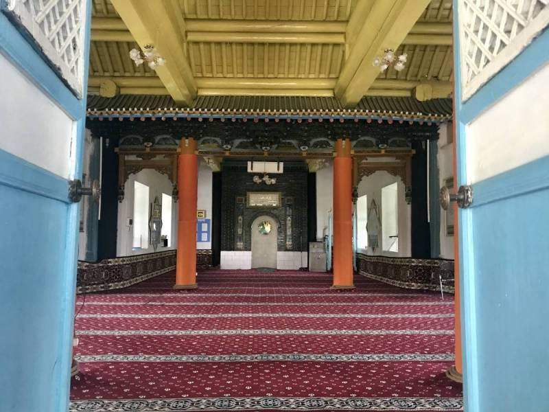 Peak inside the mosque