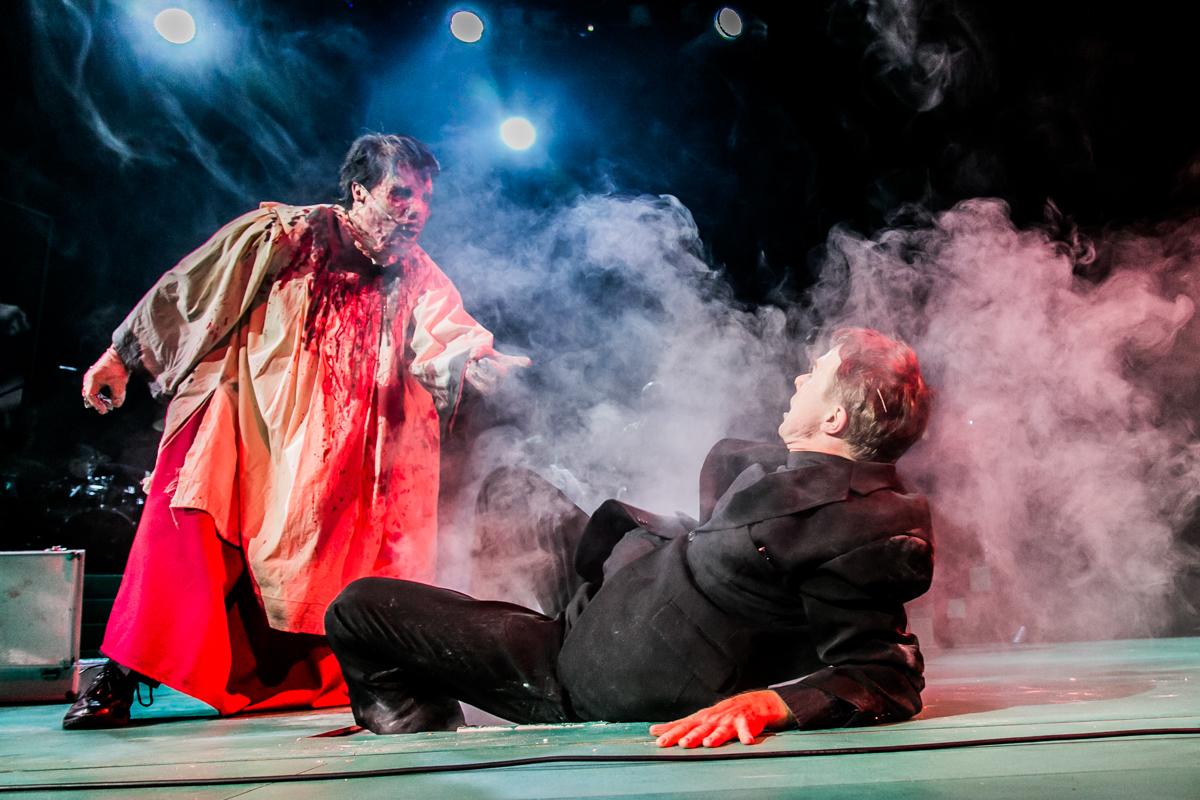 Sommernachtsalbtraum auf St. Emmeram. Jens Schmidl/Eisenhauer. Theater Regensburg. Foto: Jochen Quast