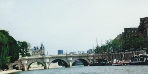 2001_Paris Bridge