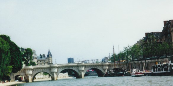 2001_Paris Bridge