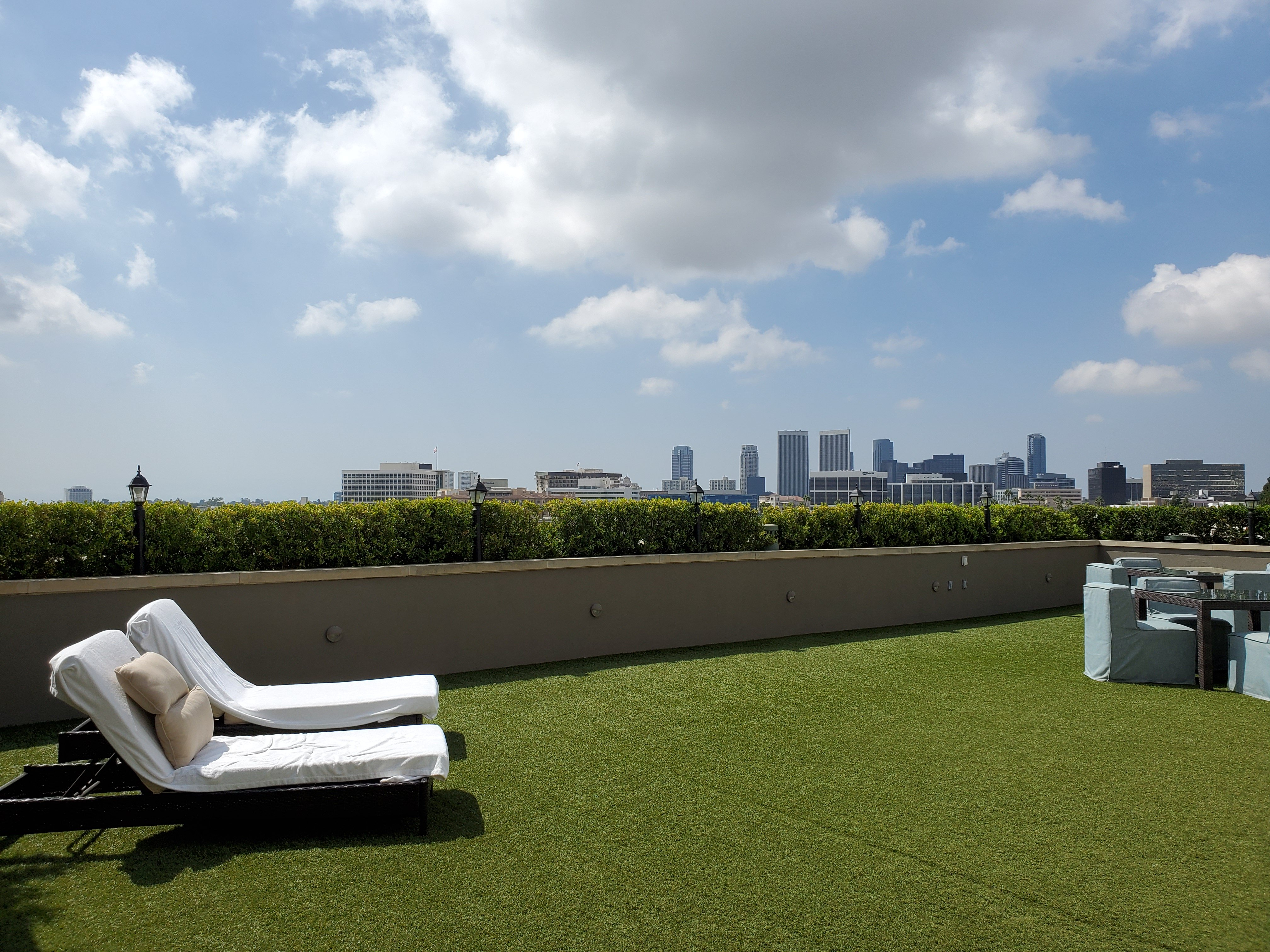 Viecroy L'Ermitage Beverly Hills rooftop