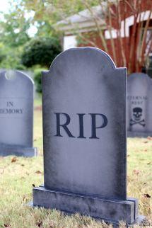 Diy Halloween Lawn Gravestones House Of Wood