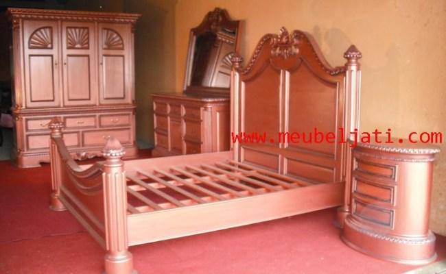 Set Kamar Tidur Furniture Antik Jepara