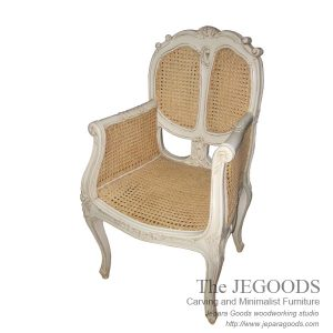 carving rattan chair shabby chic white painted furniture Jepara,kursi shabby chic rotan,rattan shabby chic chair,carving shabby chic rattan chair,jual kursi shabby chic vintage rotan,produsen mebel white paint shabby chic rattan,antique painted furniture jepara manufacturer exporter
