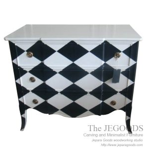 chest of drawer chessboard painted,buffet creative painted jepara,buffet vintage shabby chic,creative color furniture,white painted furniture,furniture ukir jepara cat putih duco,model mebel klasik cat duco jepara,shabby chic jepara vintage
