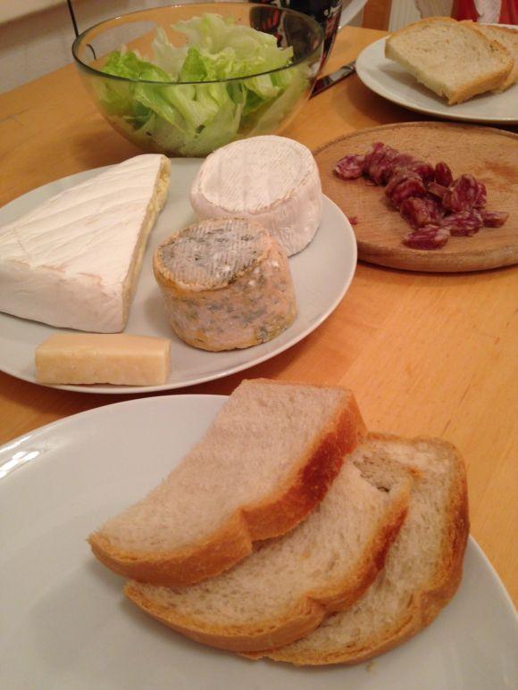 Tome de Brebis, Tome de Chèvre, Brie, saucisson d'ardèche