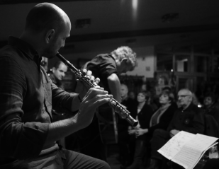 Me playing in December 2017 with Zdeněk Jahoda and Tony Ackerman.