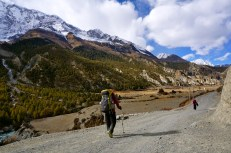 On the way to Manang Village