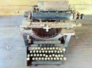Swift- TypewriterOrignal640x478.jpg